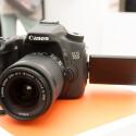 Die Canon EOS 70D ist auch im Pool der Cashback-Kameras. Für die Mittelklasse-DSLR bekommt ihr von Canon 60 Euro zurück.