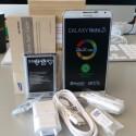 Ein Überblick des gesamten Lieferumfangs des Galaxy Note 3. (Bild: netzwelt)