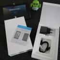 Mini-Doku, Netzteil, USB-Kabel - viel mehr gibt es neben dem Tablet selbst im Karton nicht zu entdecken. (Bild: netzwelt)