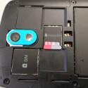 Nutzer können beim Desire 500 nicht nur den Akku wechseln, sondern auch den Speicher per microSD-Karte erweitern. (Bild: netzwelt)