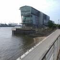 Ein mit dem HTC Desire 500 gemachtes Foto aus dem Hamburger Hafen. (Bild: netzwelt)