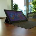 Bei 880 Euro geht es los - Microsofts Surface Pro 2 kommt allerdings ohne das abgebildete Touch Cover 2 ins Haus. (Bild: netzwelt)