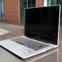 699 Euro steht auf dem Preisschild des nett anzuschauenden Lenovo IdeaPad U330 Touch. (Bild: netzwelt)