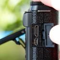 Neben einem HDMI-Ausgang besitzt die X-M1 einen USB-Anschluss. (Bild: netzwelt)