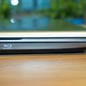 Schafft Platz: Die Option auf einen Blu-Ray-Brenner bieten längst nicht alle Notebook-Hersteller. (Bild: netzwelt)