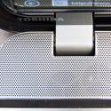 Guter Klang kommt aus dem breiten Lautsprecherband - ein Verdienst vom Toshiba-Partner Harman Kardon. (Bild: netzwelt)