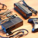 Kamera, Controller, Netzteil und Kabel. (Bild: netzwelt)