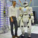 Knapp 1,90 Meter misst der Humanoid und wiegt rund 130 Kilogramm. (Bild: IEEE Spectrum)