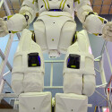 Der Roboter besitzt am ganzen Körper Kameras. (Bild: IEEE Spectrum)