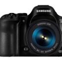 Im Kit ist die Samsung am Februar 2014 für 999 Euro (UVP) Im Handel erhältlich. Im Preis inklusive ist eine Lizenz von Adobes Lightroom 5 und 50 Gigabyte Cloud-Speicher für ein Jahr. (Bild: Samsung)
