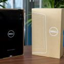 Nach dem Auspacken kommt als Erstes das knapp 250 Euro teure Tablet zum Vorschein. (Bild: netzwelt)