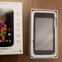 Öffnet der Nutzer die Packung erblickt er sofort das Android-Smartphone. (Bild: netzwelt)