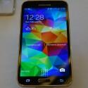 Der Bildschirm des Galaxy S5 misst 5,1 Zoll und löst in Full HD auf. (Bild: netzwelt)
