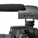 Das Monomikrofon Sennheiser MKE 400 zählt zu den kleinsten Richtrohren für DSLR-Kameras. (Bild: H-J. Kruppa)