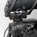 Auf der rechten Seite des VP83F sitzt ein Ausgang für Kopfhörer und das fest verbaute Kabel vom Mikro zum Flashrecorder. (Bild: H-J. Kruppa)