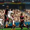 Auch auf dem digitalen Rasen kämpft die deutsche Nationalmannschaft um jeden Ball. (Bild: EA)