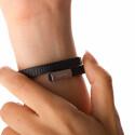 In der Nacht drückt das Armband hin und wieder. (Bild: netzwelt)