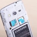 Der interne Speicher kann per microSD-Karte erweitert werden. (Bild: netzwelt)