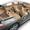 Porsche Panamera: Komplexes System von Lautsprechern, die strategisch verteilt sind. Genauso ausgetüftelt arbeitet Burmester auch bei Mercedes. (Bild: Burmester)