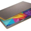 Das Simple Cover hingegen trägt nicht ganz so dick auf und unterstreicht die schlanke Linie des Tablets. (Bild: Samsung)