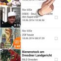 Die App zeigt alle Videos an, die sich derzeit in Ihrem News Feed bei Facebook befinden. Um ein Video herunterzuladen, aktivieren Sie das Häkchen am rechten Bildschirmrand. Sie können bei Bedarf mehrere Clips auf einmal herunterladen. (Bild: Screenshot / MyVideoDownloader for Facebook)