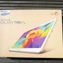 Die bräunliche Ökoverpackung kennen wir bereits von anderen Samsung-Produkten. Sie ist nicht überdimensioniert. (Bild: netzwelt)