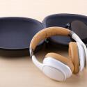 Samsungs Premium-Kopfhörer kommen zusammen mit einer Transportbox ins Haus... (Bild: netzwelt)