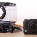 Das mitgelieferte Unterwassergehäuse hält dicht und ist gut verarbeitet. Bis zu 60 Meter kann man mit der Actioncam tauchen. (Bild: netzwelt)