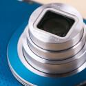...das Samsung ein 10-fach-Zoomobjektiv verbaut hat, ist das Gehäuse eher klein. (Bild: netzwelt)