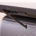 Hinter der Klappe des Testgeräts verbirgt sich der SD-Karten-Slot. Auf Wunsch gibt es auch eine Variante mit Mobilfunkmodem. (Bild: netzwelt)