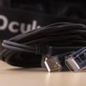 Das USB/HDMI-Kabel ist ab Werk an der Oculus Rift DK2 befestigt, kann allerdings bei Bedarf auch entfernt werden. (Bild: netzwelt)