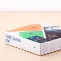 Das Nokia Lumia 930 kommt in einer neuen farbenfrohen Verpackung in den Handel.