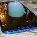 An der Unterseite des Google Nexus 6 befindet sich ein microUSB-Anschluss. Über ihn können Nutzer das Smartphone laden oder Daten auf ihren Computer kopieren.