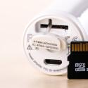 Der Zugang zur microSD-Speicherkarte lässt sich wegen der Dichtungen nur schwer öffnen. Die Karte selbst liegt tief im Gehäuse.