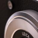 Die Bedingung ist durchdacht: Um das Objektiv läuft ein Ring. Damit gibt es analoges Feeling bei der Bedienung der modernen Kamera.