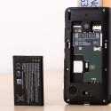 Der Akku des Microsoft Lumia 530 lässt sich wechseln.