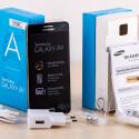 Der Lieferumfang des Samsung Galaxy A5 im Überblick.