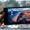 Das OLED-Display bietet knackige Farben und große Blickwinkel.