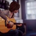 Mit fast allem kann Max interagieren, auch mit ihrer Gitarre im Wohnheimzimmer.