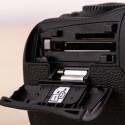 Die Mark II kann nun SD- und CF-Speicherkarten verwenden.