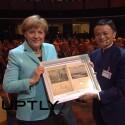 Die Briefmarken an den Bürgermeister Hannovers kommen erst in einer Woche an. Kanzlerin Merkel bekam hingegen ihr Gastgeschenk sofort.