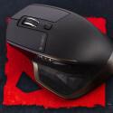 Der Darkfield-Laser der Logitech MX Master funktioniert auf den meisten Oberflächen zuverlässig - auch ohne Mauspad.
