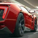 Der Lykan Hypersport von W Motors erreicht mit seinen beeindruckenden 751 Pferdestärken eine Topgeschwindigkeit von bis zu 385 km/h...
