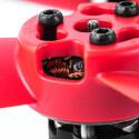 Die roten Rotoren weisen auf die Frontseite hin. Dadurch weiß der Pilot immer wie die Kamera ausgerichtet ist.
