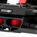 Die Dämpfung zwischen Rumpf und Kamera, beziehungsweise Akku-Aufsatz, funktioniert sehr gut. Sie entkoppelt die Schwingungen im Flug von der verbaute Digitalkamera effizient.
