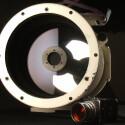 Es bietet eine maximale Blendenöffnung von Blande 8.