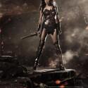 Gal Gadot, die ihr aus zahlreichen Fast & Furious-Filmen kennen könntet, spielt Wonderwoman.
