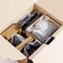 Die Technik wird durch allerhand Verpackungsmaterial geschützt.