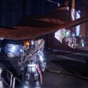 ...geht auf die linke Seite seiner Hütte und springt auf das Stoffdach... (Screenshot / Activision)