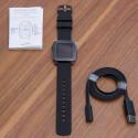 Wir haben uns für die Variante mit Silikon-Armband entschieden und...